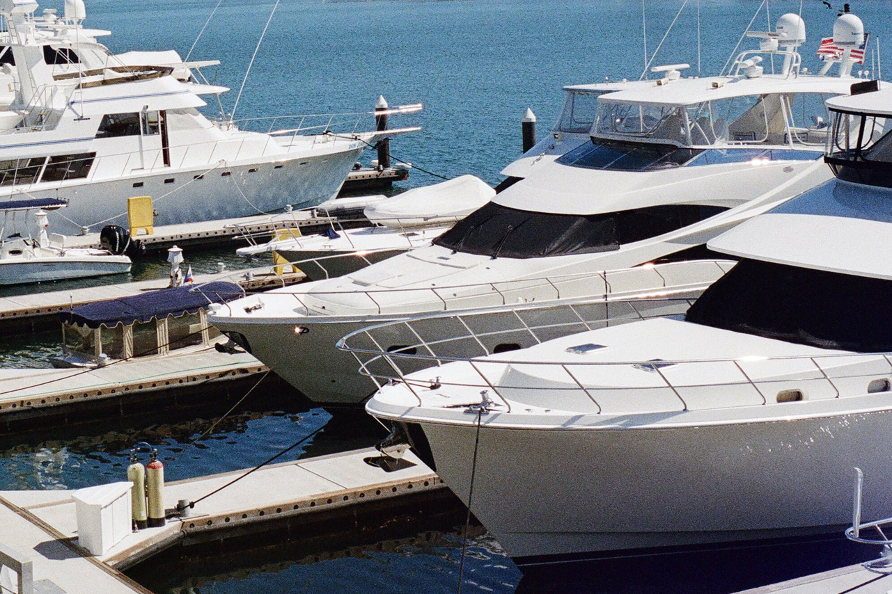 Potential Buyer Learn From a Boat Appraisal